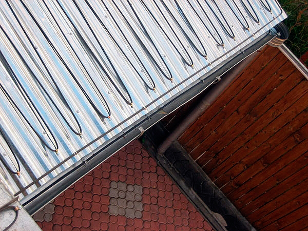 Нагревательный кабель DEVI для крыш и желобов