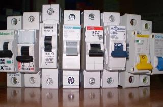 Обзор серий автоматических выключателей