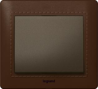 Фото Выключатель одноклавишный Legrand Galea Life с рамкой из кожи