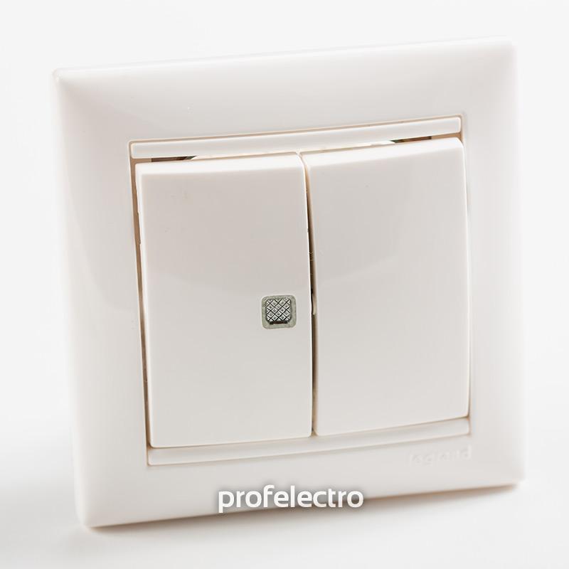 Выключатель двухклавишный с индикацией белый с рамкой Valena
