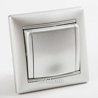770122 Розетка с заземлением и крышкой алюминий с рамкой 16А, 250В Valena Legrand на profelectro.com.ua