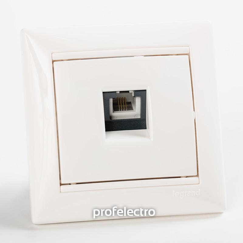 Розетка телефонная один выход белая с рамкой Valena