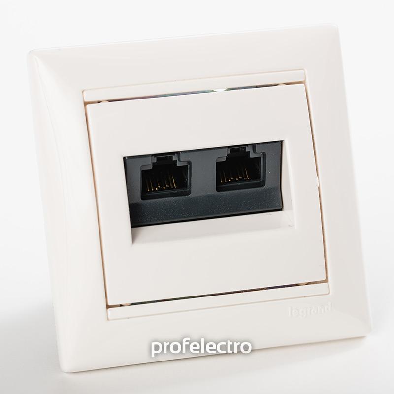 Розетка информационная RJ45 кат.6 два выхода белая с рамкой Valena