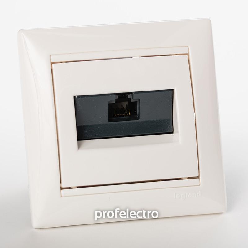 Розетка информационная RJ45 кат.5е одинарная белая с рамкой Valena