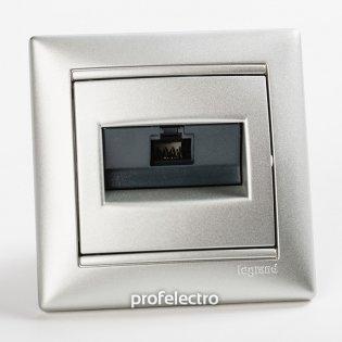 770238 Розетка информационная RJ45 кат.5е одинарная алюминий с рамкой Valena Legrand на profelectro.com.ua