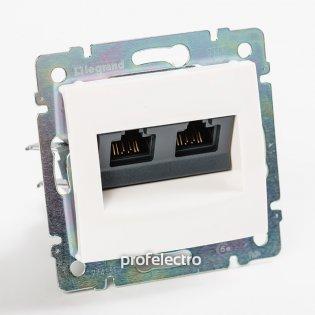 774239 Розетка информационная RJ45 кат.5е двойная белая без рамки Valena Legrand на profelectro.com.ua