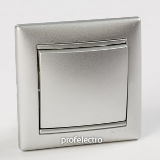 Рамка цвет алюминий в сборе с выключателем Valena Legrand на profelectro.com.ua