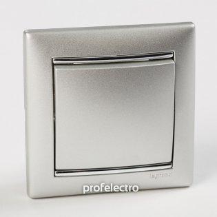 Рамка цвет алюминий-серебряный штрих в сборе с выключателем Valena Legrand на profelectro.com.ua