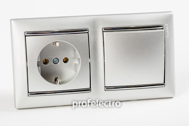 Рамка двухпостовая цвет алюминий-серебряный штрих в сборе с выключателем и розеткой Valena