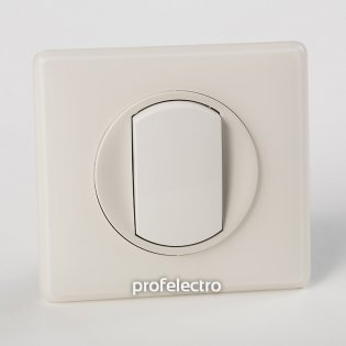 Рамка цвет белая перкаль-панель белая Celiane Legrand на profelectro.com.ua