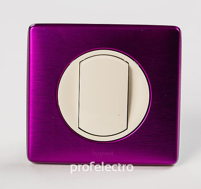 Рамка цвет пурпурный металлик-панель слоновая кость Celiane