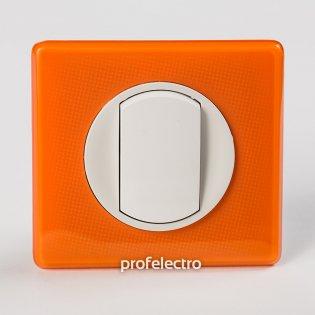 Рамка цвет оранжевый муар-панель белая Celiane Legrand на profelectro.com.ua