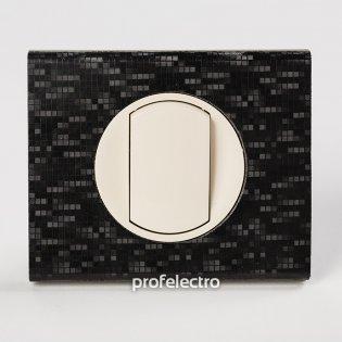 Рамка кожа цвет блек пиксель-панель слоновая кость Celiane Legrand на profelectro.com.ua