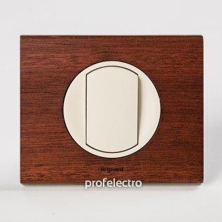 Рамка деревянная орех-панель слоновая кость Celiane Legrand на profelectro.com.ua