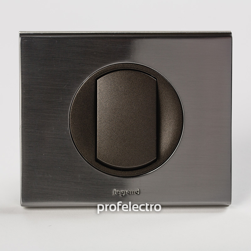 Рамка металлическая цвет фактурная сталь-панель графит Celiane