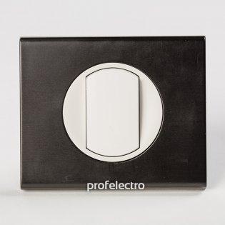 Рамка металлическая цвет черный никель-панель белая Celiane Legrand на profelectro.com.ua