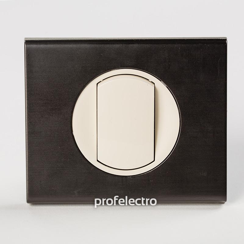 Рамка металлическая цвет черный никель-панель слоновая кость Celiane