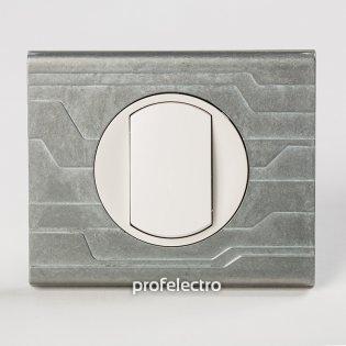 Рамка металлическая орнамент техно-панель белая Celiane Legrand на profelectro.com.ua