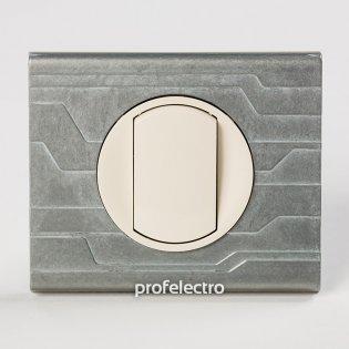 Рамка металлическая орнамент техно-панель слоновая кость Celiane Legrand на profelectro.com.ua