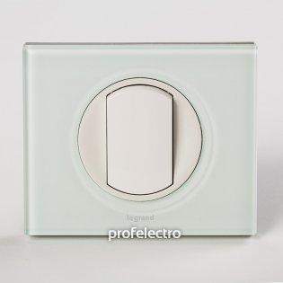 Рамка стеклянная цвет смальта белая глина-панель белая Celiane Legrand на profelectro.com.ua