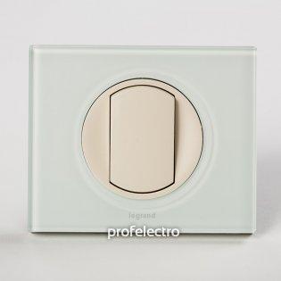 Рамка стеклянная цвет смальта белая глина-панель слоновая кость Celiane Legrand на profelectro.com.ua