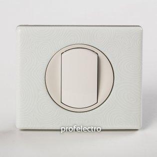Рамка фарфор цвет белая феерия-панель белая Celiane Legrand на profelectro.com.ua