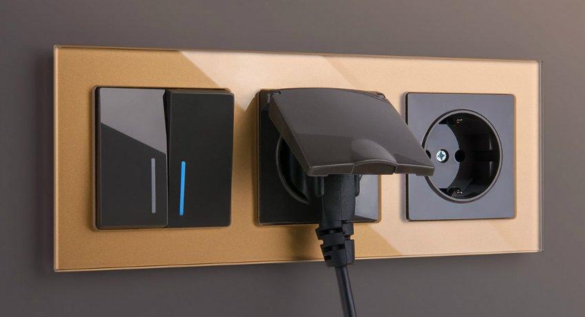 общая рамка для выключателей и розеток legrand