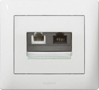 Розетка комбинированная (телефон + компьютер), цвет белый