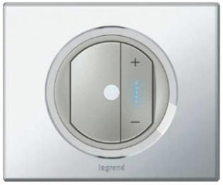 Светорегулятор кнопочный Legrand Celiane с рамкой Зеркало