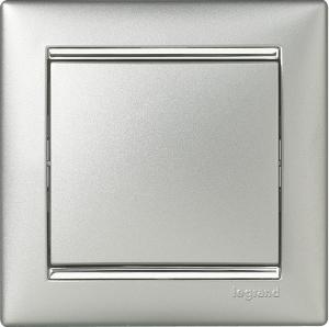 Одноклавишный выключатель Legrand™ Valena цвет алюминий/серебряный штрих