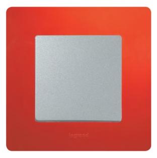 Фото Рамка выключателя Legrand Etika (цвет красный), механизм с накладкой (цвет алюминий)
