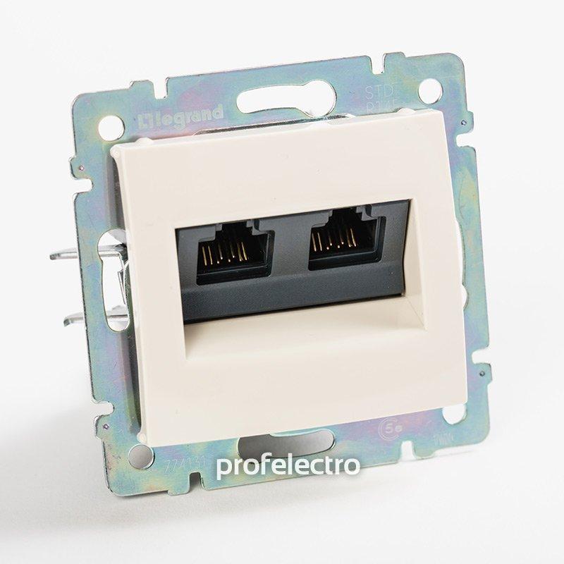 Фото Розетка информационная два выхода RJ45 UTP (8 контактов), категория 5e - монтаж на винтах Valena Legrand