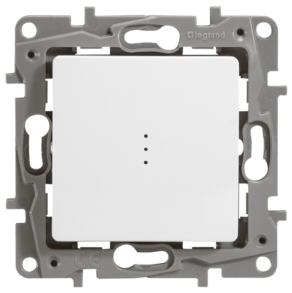 Выключатель одноклавишный проходной с подсветкой белый Etika Plus
