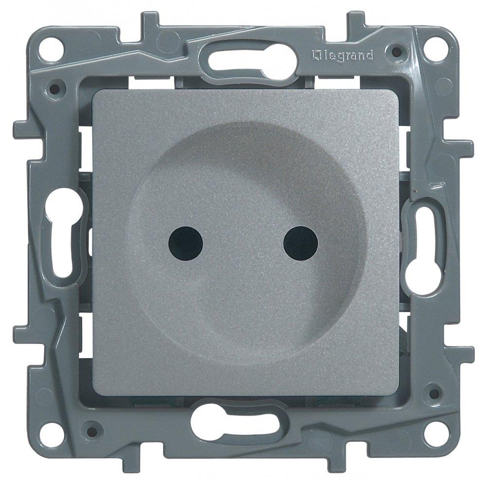 Розетка без заземляющего контакта с защитными шторками алюминий Etika Plus