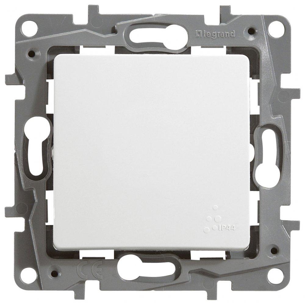 Выключатель одноклавишный проходной влагозащищенный белый Etika Plus