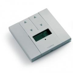 Фото Настенный радиопередатчик (радиовыключатель) 4-канальный с таймером и дисплеем для управления приводами рольставней