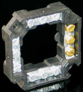 Клеммник четырёхгранный 12х4
