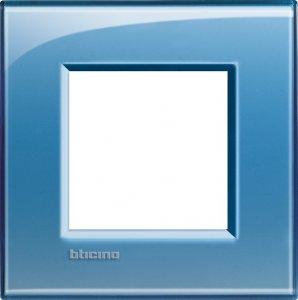 Фото Рамки пластиковые цвет голубой немецкий и итальянский стандарт