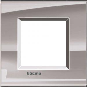 Фото Рамки металлические цвет никель немецкий и итальянский стандарт