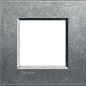 Фото Рамки металлические цвет исконный немецкий и итальянский стандарт
