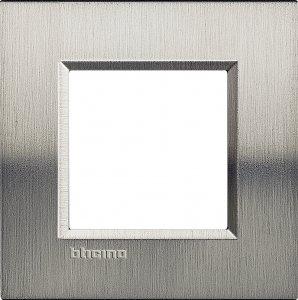 Фото Рамки металлические цвет фактурная сталь немецкий и итальянский стандарт