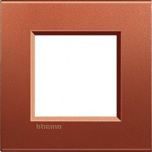 Рамки металлические цвет красный шелк немецкий и итальянский стандарт