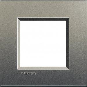 Фото Рамки металлические цвет серый шелк немецкий и итальянский стандарт