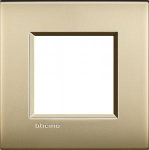 Фото Рамки металлические цвет матовое золото немецкий стандарт