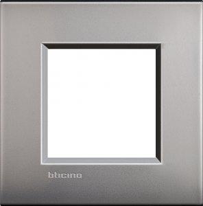 Фото Рамки металлические цвет матовый никель итальянский стандарт
