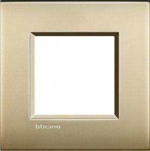 Фото Рамки металлические цвет матовое золото итальянский стандарт