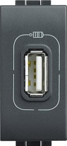 Зарядное устройство USB 1,1A 250 В~, 1 модуль