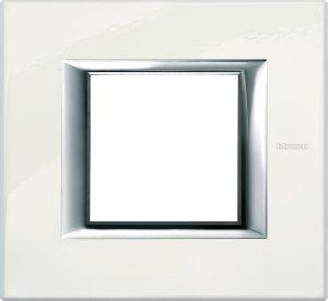Рамки металлические лакированные цвет фарфор немецкий и итальянский стандарт