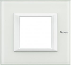 Рамки белое стекло немецкий и итальянский стандарт