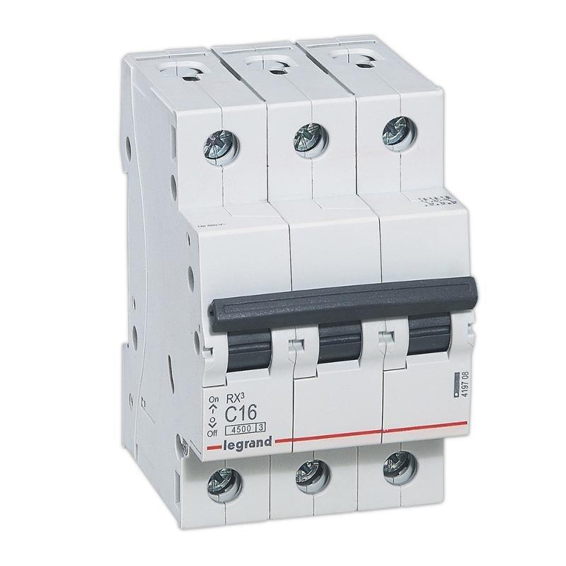 Фото Автоматические выключатели трехполюсные 4,5 кА Legrand RX3 тип С